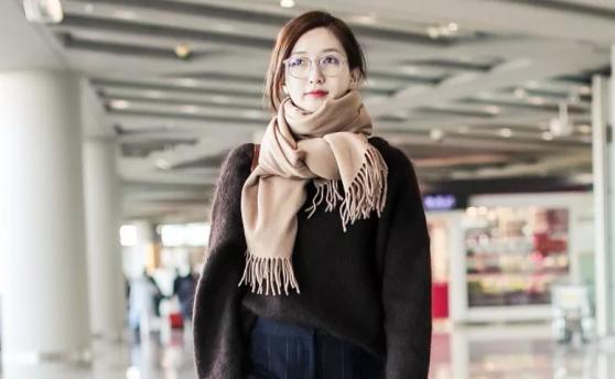 冬季穿搭如何搞定?围巾品牌让你穿搭升级!423.png