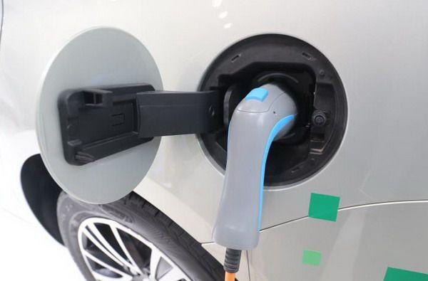 工信部:2019年新能源车产量或超150万辆