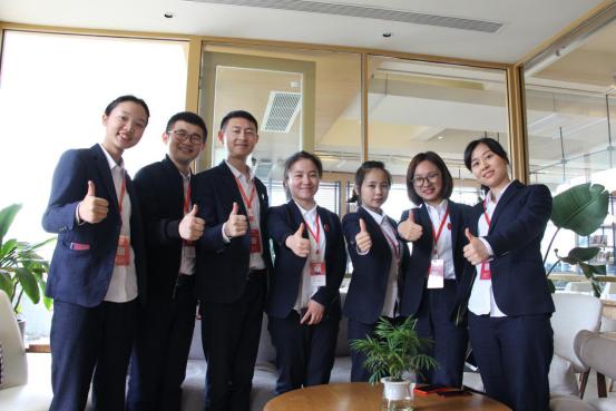 朗培教育集团冠军团队辉煌队专访:齐心协力创造辉煌