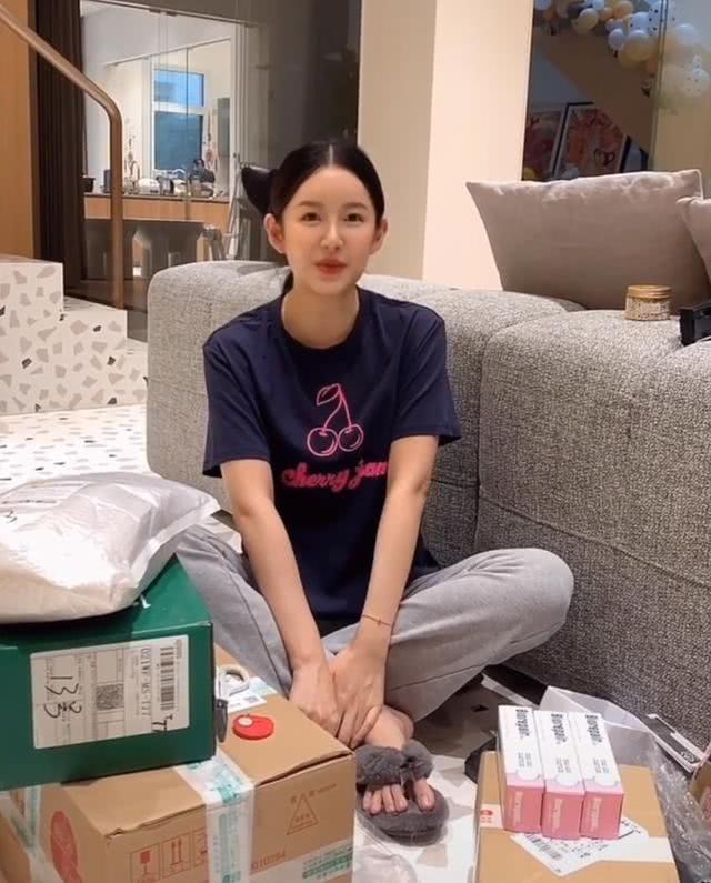 陈赫老婆张子萱透露孕期细节 豪宅内景罕见曝光