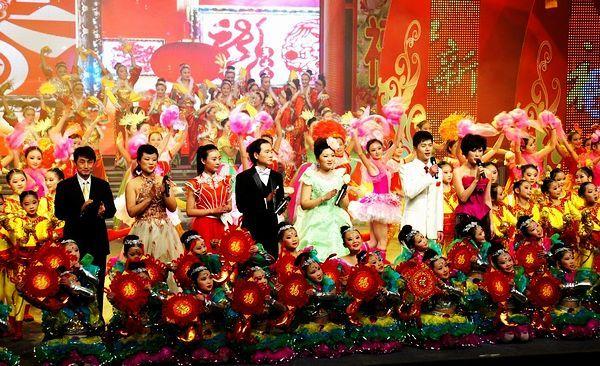 春节联欢晚会2012_阜阳市举行2012年春节联欢晚会